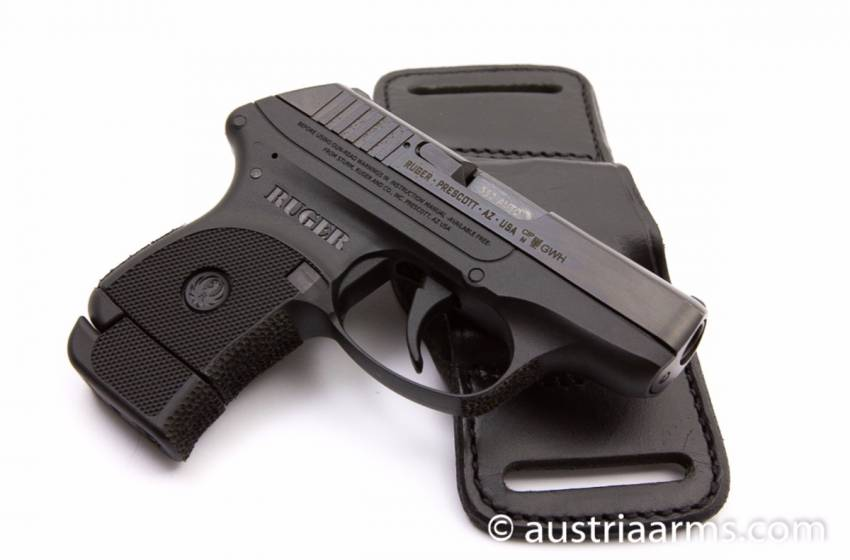Ruger LCP .380, Komplettset mit Holster